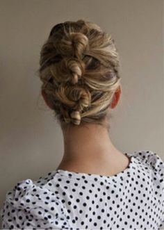 Sophisticated updo Hair Romance - 30 Buns in 30 Days - Day 6 - low sock bun hairstyle 30 Easy Hairstyles bangs + buns Full instructions, hin. Easy Bun Hairstyles, Pretty Hairstyles, Wedding Hairstyles, Layered Hairstyles, Style Hairstyle, Short Hairstyle, Famous Hairstyles, Teenage Hairstyles, Updo Hairstyle