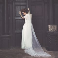 Evelyn by wilderness bride with veil x