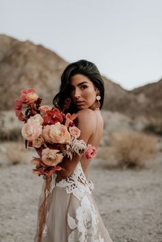 Just love the colours in this fiery bouquet 🌺 Phot Bridal Portrait Poses, Bridal Poses, Bridal Photoshoot, Bridal Session, Bridal Shoot, Wedding Poses, Wedding Shoot, Dream Wedding, Wedding Dresses