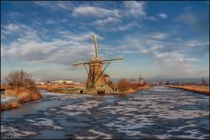 Wide view at Kinderdijk by Herman van den Berge on 500px