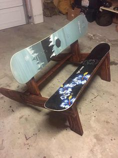 Post with 6 votes and 1607 views. Shared by Snowboard bench Woodworking Jointer, Woodworking Projects, Carpentry, Fun Projects, Wood Projects, Nhl Wallpaper, Diy Bench Seat, Ski Lodge Decor, Wood