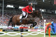 Christian Ahlmann und Taloubet Z siegen im Weltcup-Springen in Mechelen. http://reiterzeit.de/jumping-mechelen/#4
