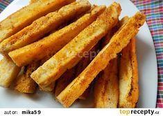 Česnekové tyčky z rohlíků recept - TopRecepty.cz Onion Rings, Cornbread, Foodies, Bacon, Recipies, Brunch, Food And Drink, Treats, Snacks