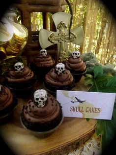 Cupcakes at a Lego Indiana Jones Party #lego #indianajones