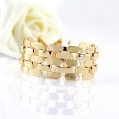 $4.69 Gorgeous Solid Color Openwork Multi-Layered Alloy Bracelet
