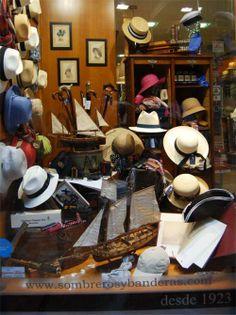 Escaparate de Sombrereria Albiñana Fashion Shop Interior, Hat Display, Hat Stores, Hat Shop, My Favorite Image, Store Fronts, Headgear, Headpieces, Boutiques