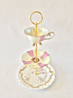 Vintage Cake Stands, Floral Arrangements, Centerpieces, Homemade, Create, Gifts, Collection, Presents, Centerpiece