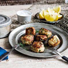 Haukipyörykät | K-Ruoka Potato Salad, Potatoes, Favorite Recipes, Ethnic Recipes, Food, Potato, Essen, Yemek, Meals