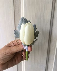 CBB229 weddings rivera Maya tulips boutonniere/ tulipán