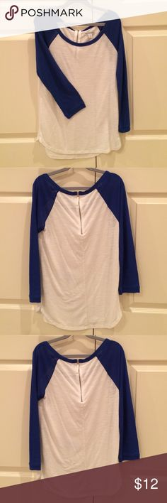 American Eagle Baseball Tee (white/blue) Almost new American Eagle Outfitters baseball tee! Only worn a handful of times and in great shape. Quarter zip on the back, three-quarter length sleeves. Very comfy! American Eagle Outfitters Tops Tees - Long Sleeve