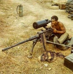 US Marine using a cal with scope near Khe Sanh, Vietnam War. Military Humor, Military Weapons, Military History, Vietnam History, Vietnam War Photos, Photo Avion, Us Marine Corps, Military Pictures, War Photography