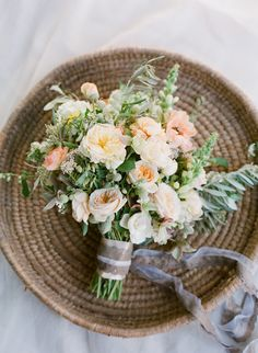 Beautiful bouquet from the FlowerWild Workshop with Jose Villa