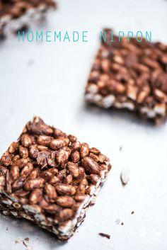 Selbst gemachtes Nippon ohne Milch und ohne Zucker | relleomein.de #vegan (Mandelmuß, Kakaobutter)