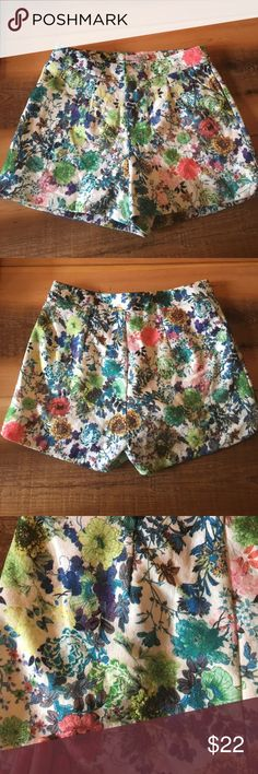 Floral printed high waist short Darling label bright floral print short - high waisted. Great for formal or casual brunches and date night! darling Shorts