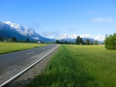 A great view of the #Romantic Road with the Bbavarian #Alps.