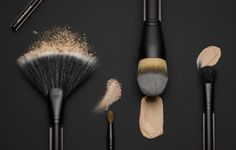 Shop Kevyn Aucoin makeup at Sephora. Find innovative beauty products created to bring out the true beauty in every woman. Makeup Brush Roll, Makeup Brush Cleaner, It Cosmetics Brushes, Makeup Brushes, Cosmetic Brushes, Beauty Brushes, Kevyn Aucoin Makeup, Cosmetic Design, Beauty Studio