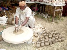 Pakistan acquired the art of pottery, porcelain and tile making from China through the Silk Trade. Ceramic Decor, Ceramic Pottery, Pakistan, Potters Clay, Artisan & Artist, Advanced Ceramics, Pottery Wheel, Historical Images, Contemporary Ceramics