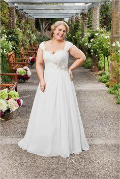 Plus Size Wedding Dresses Graceful Straps Court Train Chiffon A Line Plus Size Bridal Wedding Dress