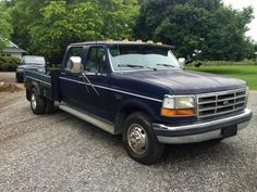 Used 1992 Ford F350 - http://tractorsforsales.com/used-1992-ford-f350/