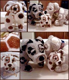 African flower Bull Dog.. Hand Made By Craftypaulaa . Pattern from (heidibearscreativeblogspot.com).