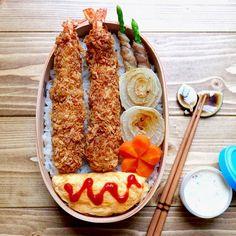 Sheet Pan Salmon and Delicata Squash Bento Recipes, Cooking Recipes, Good Food, Yummy Food, Picnic Foods, Cafe Food, Aesthetic Food, Food Cravings, Food Presentation