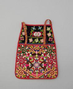 Kjolsäck till dräkt för kvinna från Gagnefs socken, Dalarna. Swedish Embroidery, Wool Embroidery, Embroidery Designs, Beginner Crochet Projects, Crochet For Beginners, Textile Patterns, Monki, Folklore, Fabric Design