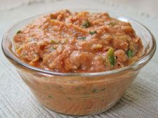 Low Fat Spicy Bean Dip - tasty vegan bean dip recipe, quick & easy to make, delicious served with warmed flour tortillas or your favorite tortilla chips or crackers.