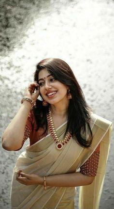 Cute Beauty, Beauty Full Girl, Beauty Women, Beauty Art, Beautiful Women Pictures, Most Beautiful Women, Indian Hair Cuts, Indian Actress Hot Pics, Cute Girl Pic