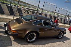 Porsche 911 SC by CokiFotografia, via Flickr