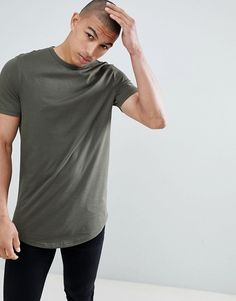 Shop River Island longline t-shirt with curved hem in khaki at ASOS. Order now with multiple payment and delivery options, including free and unlimited next day delivery (Ts&Cs apply). River Island Shop, Asos, Shoes With Jeans, Long A Line, T Shirts, Man Shop, Casual, Mens Tops, Shopping