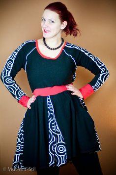 Mut mit Blog: Schwarze, rotierende Astrokatze