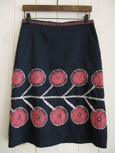 love the bold pattern on this skirt by mina perhonen