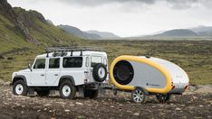 Mink teardrop trailers bring style and comfort to the Icelandic wilds Small Camper Trailers, Tiny Camper, Small Campers, Camper Caravan, Retro Campers, Camping Trailers, Camper Van, Camping In Tennessee, Utah Camping