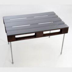 Mesa Pallet Gallery, de la colección Artilujos.com http://artilujos.com/shop/mesas-recicladas/mesa-palet-gallery/ #Mueblesreciclados #upcycling #deco #diseño #pallets