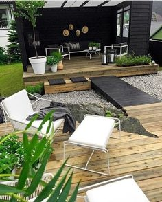 Small Backyard Design, Small Backyard Landscaping, Backyard Patio, Backyard Furniture, Modern Backyard, Landscaping Ideas, Furniture Ideas, Backyard Storage Sheds, Deck Makeover
