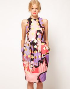 The print in this dress is ridic. Need.Now!