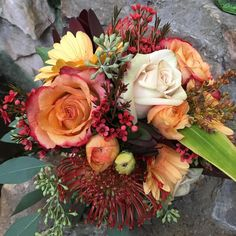 Find huge savings on hundreds of photos of wedding bouquets, corsages, ceremony decorations and wedding centerpieces from Kremp Florist.     http://qoo.ly/dj458