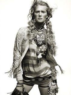 Native | Toni Garrn | Alexi Lubomirski #photography | Vogue Spain |