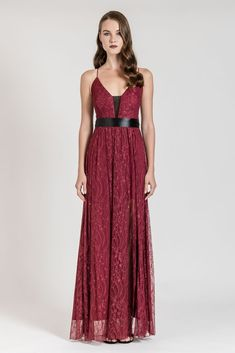 This maxi lace dress with belt is the perfect idea for special nights! Dress To Impress, Lace Dress, Backless, Belt, Formal Dresses, Women, Fashion, Belts, Dresses For Formal