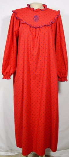 84d02ff6b2 LANZ OF SALZBURG Red Cotton Flannel Nightgown Medium Black Spots Made in  USA  LanzofSalzburg