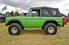 green  Ford Bronco Sports Utility Vehicles