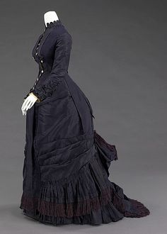 Dress, Mrs. F. M. Carroll, American, 1877, silk and mother-of-pearl. | The Met (side) Victorian, Dresses, Fashion, Vestidos, Moda, Gowns, Fasion, The Dress, Cloths