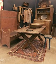 """we have just added in several wonderful """"stashed away """" Early Country Finds To… Primitive Tables, Primitive Dining Rooms, Primitive Homes, Primitive Gatherings, Primitive Kitchen, Primitive Furniture, Primitive Antiques, Country Primitive, Primitive Decor"""
