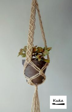 ca doniczka Macrame Projects, Diy Projects, Perfect Beard, Beer Opener, Macrame Plant Hangers, Hair And Beard Styles, Best Gifts, Weaving, Diy Crafts