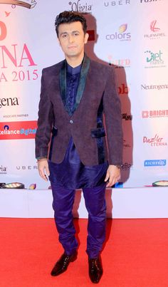 Sonu Nigam at the FBB Femina Miss India 2015 pageant. #Bollywood #Fashion #Style #Handsome