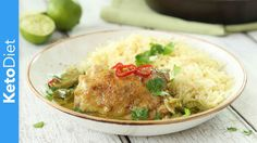 This one-pot creamy keto chicken curry is the perfect meal for summer. It's quick and easy to prepare with minimum clean-up. Full recipe is at: https://ketod...