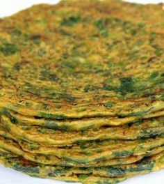 Hooray for Ayurvedic pancakes, a delicious and wholesome food that you can literally have everyday! Find out the health benefits and recipe. Aryuvedic Recipes, Indian Food Recipes, Vegetarian Recipes, Healthy Recipes, Indian Snacks, Ayurvedic Healing, Ayurvedic Diet, Anti Inflammatory Recipes, Gastronomia