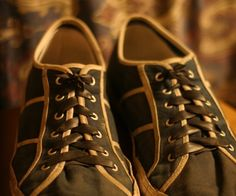 Make laced shoes into slip-ons with inner tubes