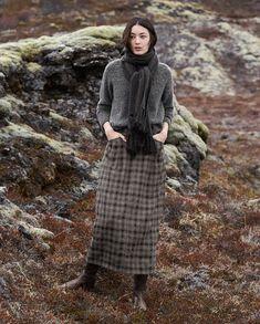 Love Love Love Poetry - Wool check skirt - A longer length skirt in this seasons slightly more tailored aesthetic. Moda Natural, Moda Country, Tartan Fashion, Estilo Indie, Mode Boho, Looks Street Style, English Style, English Country Fashion, Fall Clothes