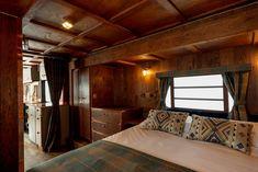 Retro Caravan, Rv Living, Living Spaces, Mulberry Fabric, Airstream Caravans, Airstream Interior, Ford, English House, Vintage Travel Trailers